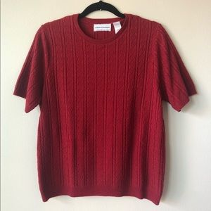 Alfred Dunner Sz Large Short Sleeve Red Sweater